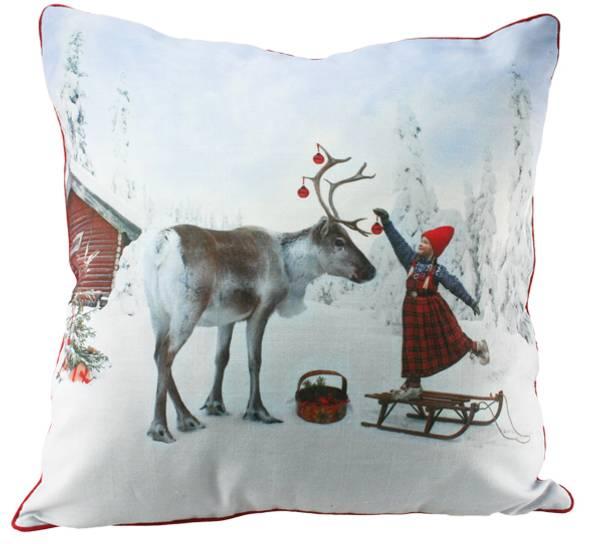 Bilde av Pute med fyll- Anja dekorerer reinsdyret -