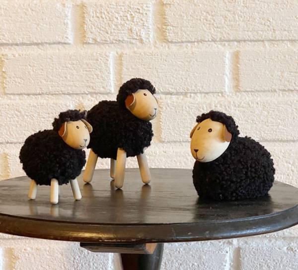 Bilde av Sau av tre med sort ull, stor