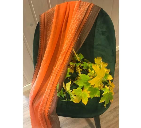 Bilde av Ullskjerf Marius. Orange/hvit/brun